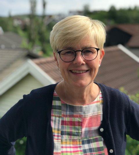 Siri Ueland Bjørsvik jobber til daglig som lærer ved Bærland skole. Hun har tidligere fått frivilligprisen for innsatsen hun la ned for inkludere flyktninger i lokalsamfunnet. Nå har hun engasjert seg på ny.