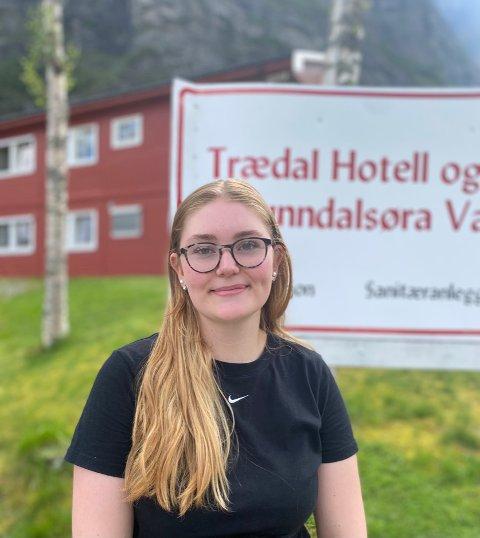 Sommerjobb: Sarah Holen (17) jobber på Trædalsbakken i sommer.