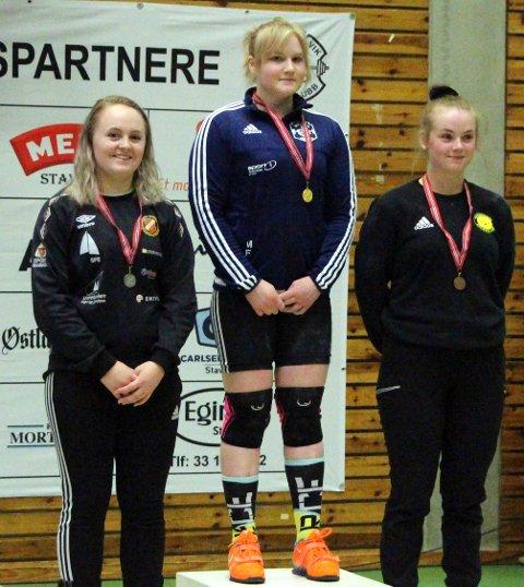 SØLV: Vilde Sårheim tok sølv i klasse 75 kg.