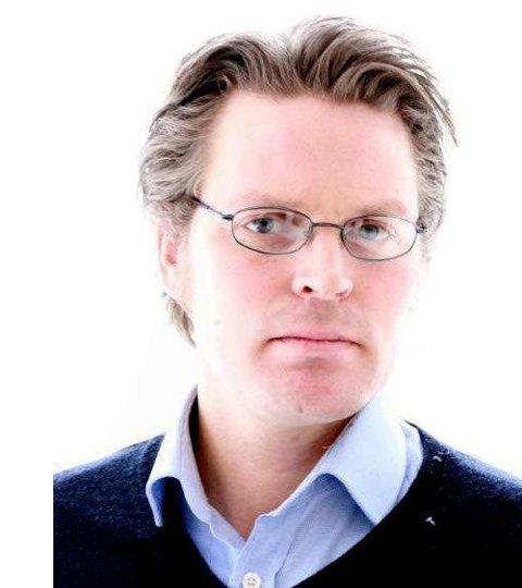 SKEPTISK: Nesteleder Håvard Iuell-Heitmann i Norsk flygerforbund forteller at forbundet er skeptisk til bruken av bemanningsbyråer ved ansettelse av piloter.