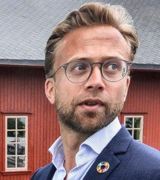 MINISTER: Kommunal- og moderniseringsminister Nikolai Astrup (H) vil lette på lovverket. En usedanlig dårlig idé.