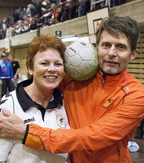 NAIMY OG TOMMY: Ektemannen er en viktig støttespiller for Naimy. De deler håndballinteressen.