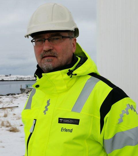 AVDELINGSKONTOR: Leirfjordingen Erlend P. Valberg bor på Herøy og skal åpne et avdelingskontor på Herøy for selskapet Torsjon AS i Sandnessjøen.