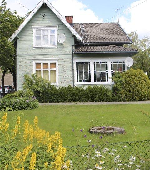 Gammelt hus: Villa Sundby, eller storgata 25 om du vil, er et av Rakkestad sine aller helste hus. Nå kan det altså bli borte.  Alle Foto: Joachim C. Høyer
