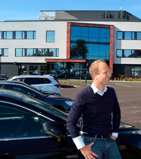 KJEMPER VIDERE: Daglig leder Hans Christian Gaarder i Tassebekk Office Center håper politikerne i Sandefjord gir dem støtte i ønsket om å utvide.