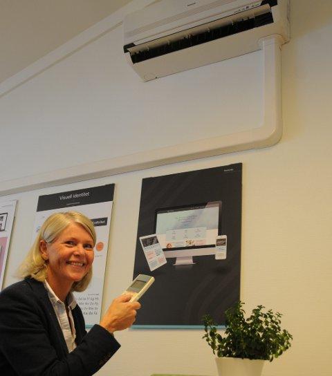 Besparelser: Line Hovrud kommer med strømbesparende råd til forbrukerne før vintertida slår inn. Varmepumpe kan være en god langsiktig løsning.