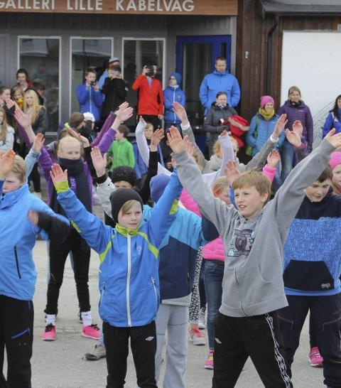 Dansens dag: Elever fra 1. til 6. trinn fikk vist fram sin dans.