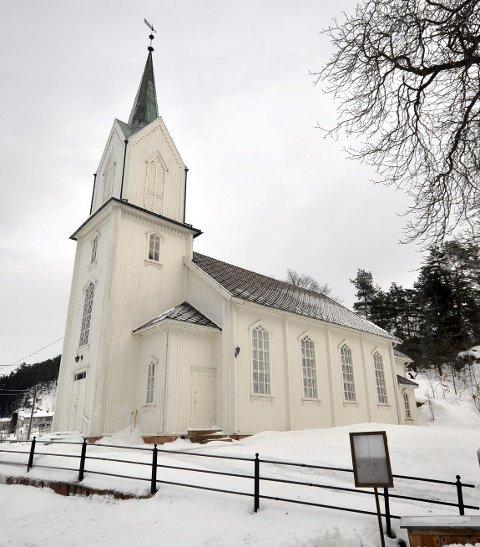 Påsken avsluttes med høytidsgudstjeneste i Holmsbu kirke.