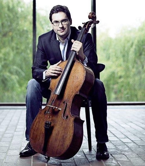 VERDENSKJENT: Celloen Mara er nærmest blitt en legende blant musikere. Den kommer til Sandefjord i sommer, sammen med musikeren Christian Poltèra.