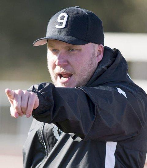 Fargerike Steffen Landro har gjort en strålende trenerjobb med Nest Sotra som tar imot ferdigspilte Aalesund hjemme på Ågotnes i ettermiddag