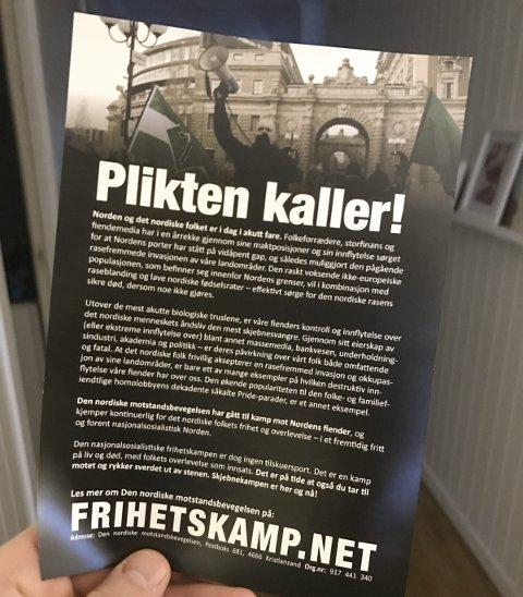 FORSØKER SEG: Den nordiske motstandsbevegelsen sendte denne uka ut propaganda i postkasser i Halden, for å mane til kamp for den nordiske rase. Foto: Morten Ulekleiv