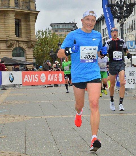 GLEDER SEG: Som vanlig er det løpegruppa SkiLøperne som står for arrangementet. Mangeårig medlem Espen Gustavsen har tatt over som løpsleder, og gleder seg til å ta fatt på oppgaven.