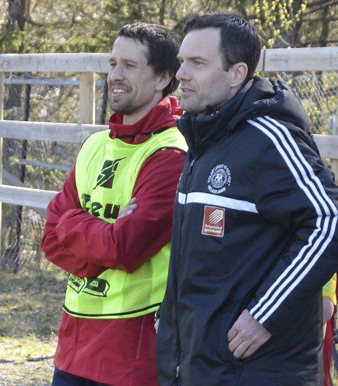 TYNT: Kjetil Knutsen (t.h.) og Åga IL sliter med å fylle A-troppen.