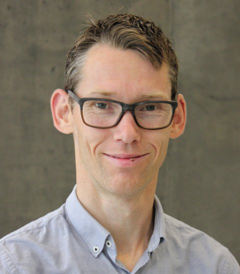 NY STUDIE: Amund Riiser, førsteamanuensis ved Høgskulen på Vestlandet, fekk studien om effekten av astmamedisin på idrettsprestasjonar publisert i British Journal of Sport Medicine.