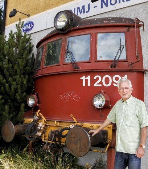 Landemerke: Lokomotivet i veggen er kjent over hele landet og er en turistattraksjon.
