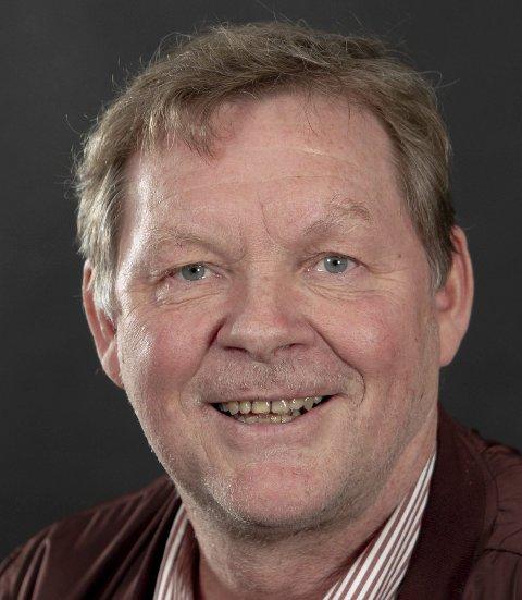Frank Bjørneseth mener at antall ansatte og antall ledere i Åsnes kommune må vurderes.