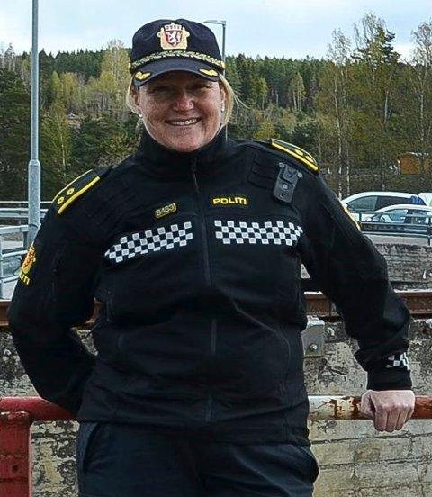 NØSTER OPP: Wenche Gussiås, seksjonsleder i avdelingen for orden og forebygging ved Politiet i Elverum, sier det er noe etterforskning som gjenstår etter slåsskampen i Ydalir tirsdag.