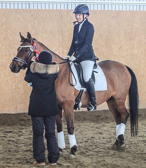 Randi Rian med Wi Atlanta ble klubbmester i dressur for Røros og omegn hestesportsklubb med sin innsats som vinner av LC dressur.