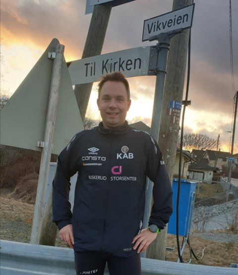 Kjetil Andre Bergh (39) ble rett og slett så oppspilt av ny asfalt i nabolaget at han ikke sluttet å løpe før det hadde gått tre mil.