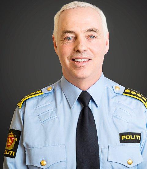 Gordon Petterson (født 1964) har vært ansatt i Agder politidistrikt siden mars 2017. Han er leder av Felles enhet for etterretning, forebygging og etterforskning. Fra 2007 til 2017 arbeidet han på Kripos som påtalejurist og leder for etterretningsseksjonen.  I perioden 1997 til 2007 hadde han ulike stillinger som påtalejurist i Follo politidistrikt. I perioden 2004 til 2008 var han medlem av det Kriminalitetsforebyggende Råd (KRÅD).