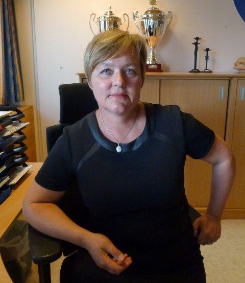 AVMÅLT: Ordførar Siri Klokkerstuen (Ap) seier ho og partiet hennar er blitt meir avmålt til ei samanslåing mellom Etne og Vindafjord.