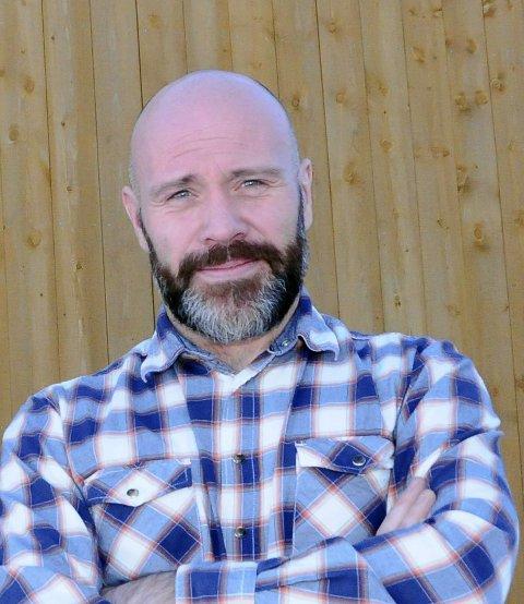 Thomas Bjørdal er daglig leder ved Nasjonalt Vindenergisenter AS som ligger på Smøla.