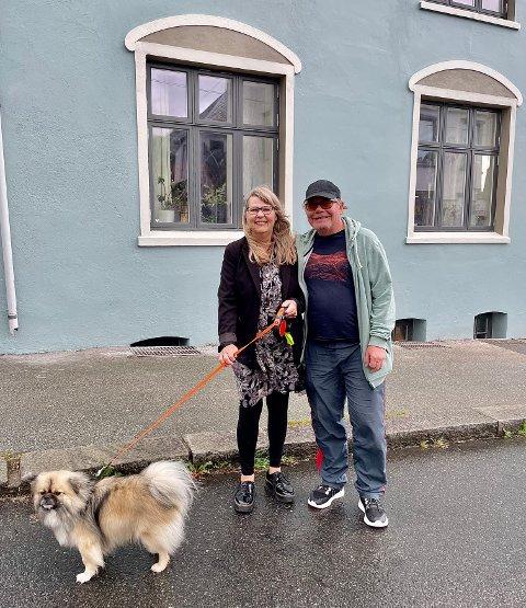 FRA KONTOR TIL HJEM: Bente Olufsen og Hans Egil Wiestad  har bodd i Breidablikgata 172 siden 1998.