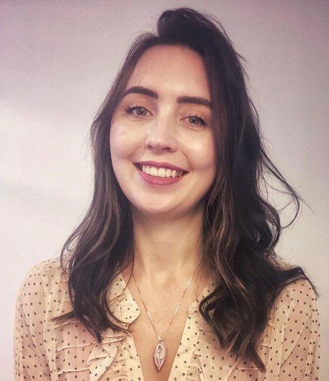 HJELPER VIA NETTET: I fjor begynte Camilla J. Jægtvik Sørensen (35) på studier. Snart er hun ferdig parterapeut.