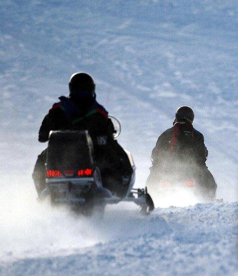 I Lebesby kommune er to scooterløyper allerede åpnet.