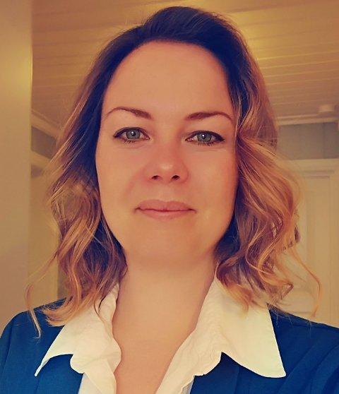 ET FANTASTISK MILJØ: Den nye daglige lederen forteller at hun kommer til å trives på Veierland.