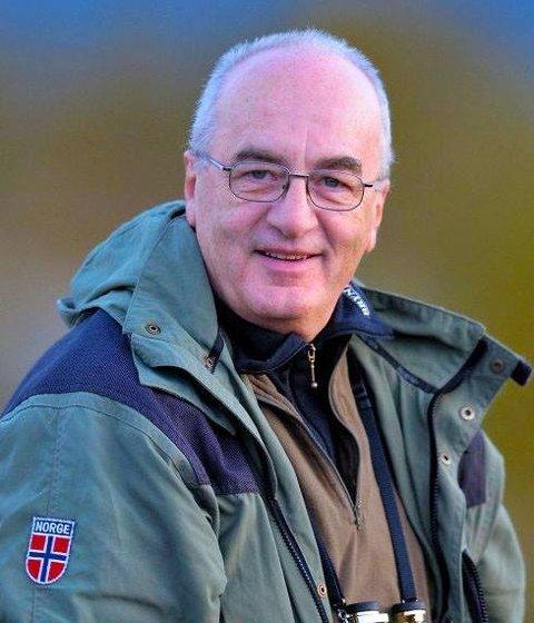 Geir Arne Midtgaard, bosatt i Oslo, er pensjonert forsikringsmann med lidenskap for naturfoto. Han var på veg til vestlandet for å fotografere for sitt eget nettgalleri, midtgaard.no, da han kom ut for nestenulykken.