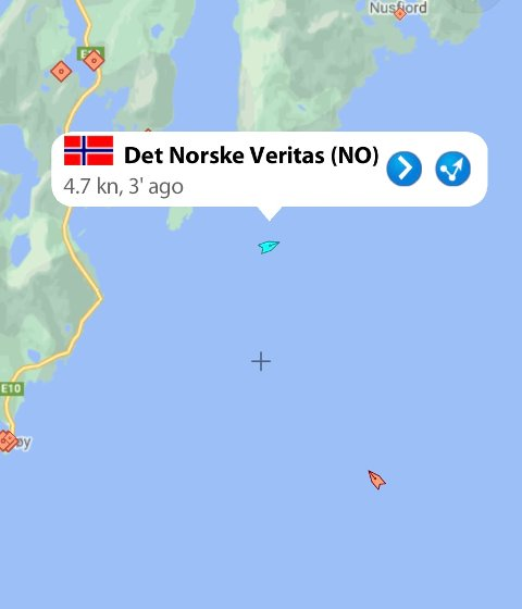"""UNDER SLEP: Her er """"Det Norske Veritas"""" i gang med slepet."""