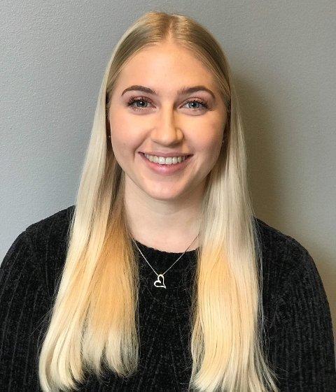 Andrea Bryn (21) fra Beger går på Dansehøyskolen i Oslo på andreåret. – Jeg håper det neste skoleåret blir mer normalt, sier hun.