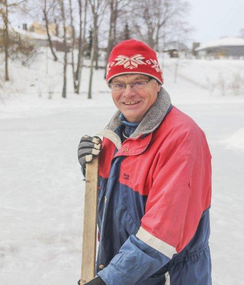 Christian Foyn trenger litt hjelp av kommunen for at det skal bli bra is.