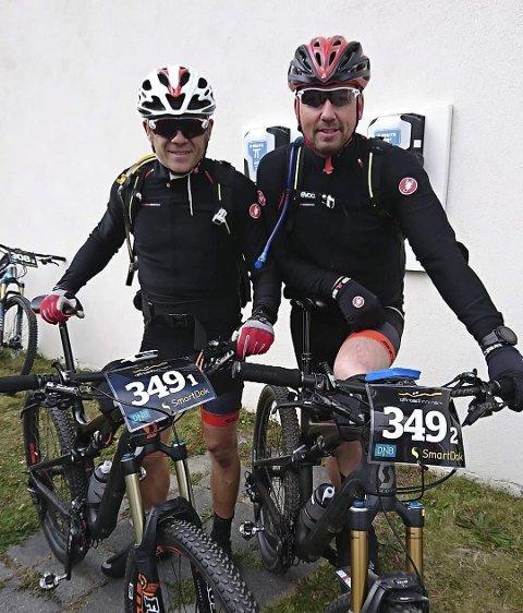 Sterk avslutning: Kai Ove Adolfsen og Kenneth Rabben fikk opp dampen i Offroad Finnmark og ble til slutt nummer 17. Foto: Privat
