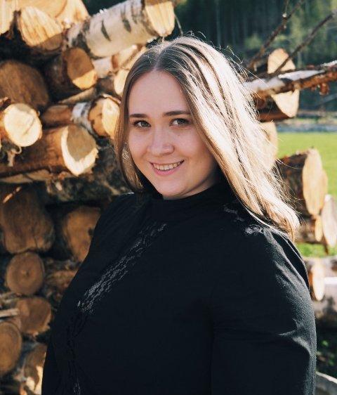 FLYTTET HJEM: Karianne Reiten Sveen forteller at å komme nærmere familien var en viktig grunn til at valget falt på å flytte hjem til Valdres.
