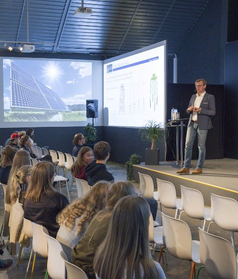 Foredrag: Johan Fredriksson fra OWEC Tower AS holdt foredrag om gründervirksomhet.