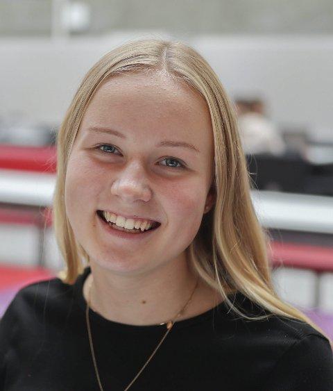 Mari Skrattalsrud (16) fra Trøgstad: – Nei, jeg tenker at jeg får bestemme selv. Jeg er bare 16 år, men jeg tror det kommer senere.