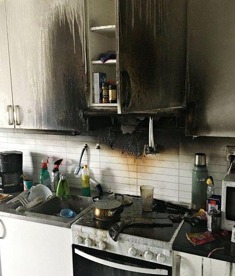 Komfyrbrannen har ført til at fem leiligheter er ubeboelige.