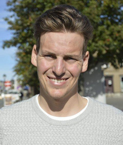 19 lokal profil: Thomas Engelsjerd (21) vant i år norgescupen i terrengmaraton i suveren stil, og har store planer for framtida. Gode resultater internasjonalt i høst og i Grenserittet i august var han ekstremt nær seier på hjemmebane. En tvers gjennom seriøs utøver som vi vil høre mye fra i årene som kommer.