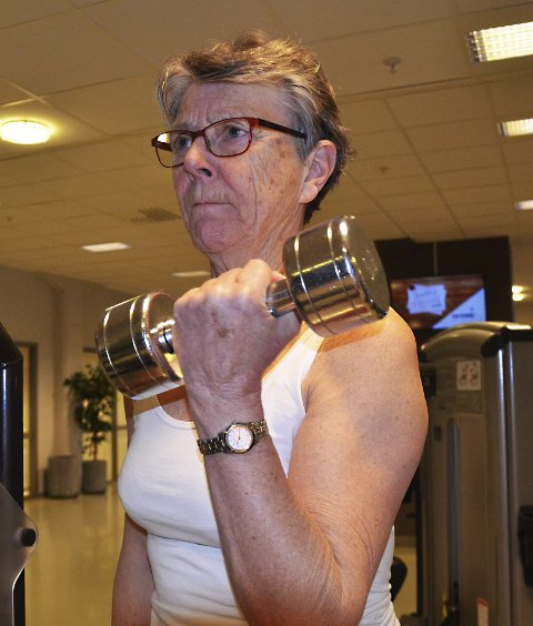 Målbevisst: Jorunn Altenborn fra Askim vet hva det betyr å trene. Så to dager i uken er det styrketrening som gjelder.
