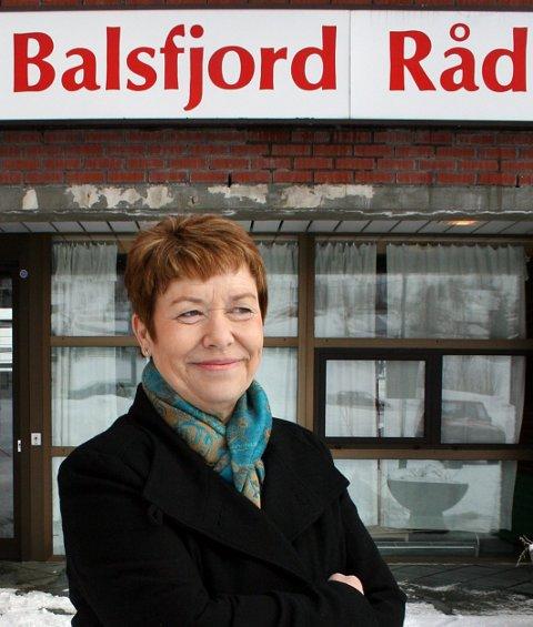ADVARER: Ordfører Gunda Johansen vil ikke nekte innbyggerne å dra til Tromsø, men advarer: - Dette er ikke tida for å dra på handletur til Jekta. Foto: Torgeir Bråthen