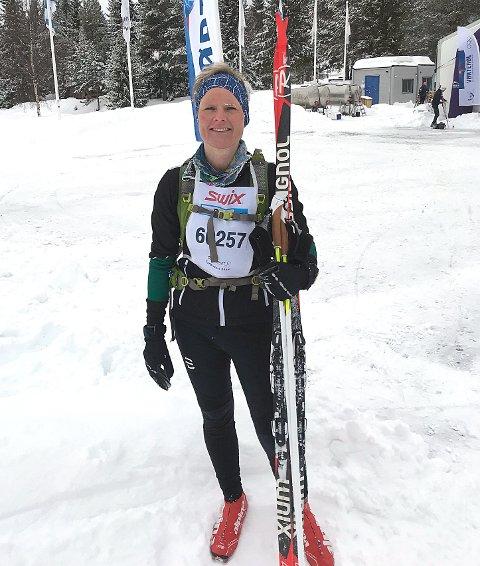 STERKT: Inger Lise Hystad gikk inn til en flott fjerdeplass blant alle de 173 kvinnene i Turbirken over 54 kilometer, som ble arrangert for første gang fredag. FOTO: PRIVAT