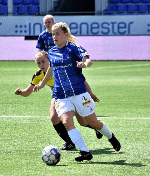 Julie Stafne Gustad scoret to av målene da Sarpsborg 08 vant 3-2 borte mot Ottestad søndag. (Foto: Kjetil A. Berg)