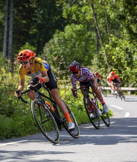 SKIKKELIG MOTBAKKE: Jentene i sykkelrittet Ladies Tour of Norway skal få brynt seg skikkelig opp bakkene til Norefjell på den tredje etappen.