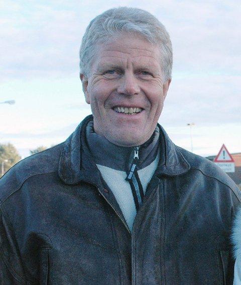 MINNEORD: Tidligere lærer Erik Lindstrøm har gått bort 73 år gammel.