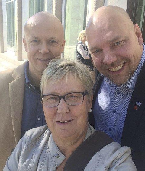 SNAKKET MUSEUM: Vadsøordfører Hans-Jacob Bønå (til høyre) tok initiativ til et møte med Kulturdepartementet om kvenmuseet. Med seg hadde han direktør Frans-Arne Stylegar i Varanger Museum og styreleder Wenche Pedersen.foto: privat