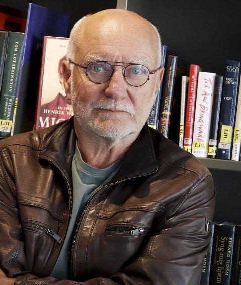 DELTAR: Lars Gunnar Lingås skal både lese fra og snakke om Olav Duuns roman . Arkivfoto