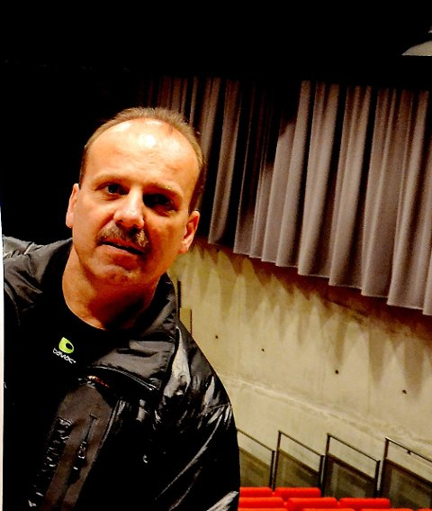 Kinosjef Knut Holen.