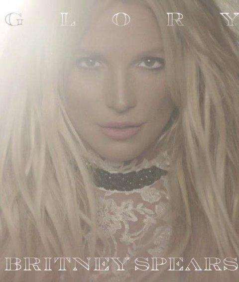 Vår anmelder er ikke spesielt imponert over Britney Spears' comeback.